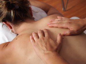 Atem-Massage: den Atem lenken und natürlich werden lassen.